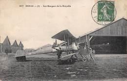 Douai      59      Aviation.  Les Hangars De La Brayelle                  - Défault -      (voir Scan) - Douai