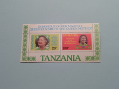 85th Birthday Of H.M. Queen Elizabeth The Queen Mother ( Voir Photo Pour Détails ) !! - Tanzanie (1964-...)