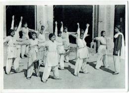 Zusters Van Liefde Van Jesus En Maria, Gent.   Pakistan. Lahore. Een Gymnastiekles. - Pakistan