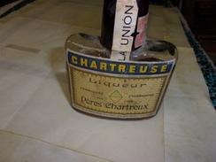 BOUTEILLE CHARTREUSE  PERES CHARTREUX TARRAGONNE ANNEE1950 ENVIRON - Spiritueux