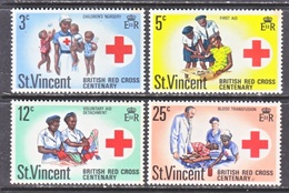 ST.  VINCENT  299-302   **     RED  CROSS  NURSES - St.Vincent (1979-...)
