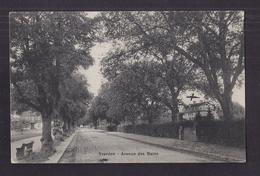 CPA SUISSE - YVERDON - Avenue Des Bains - TB PLAN D'une Route Centre Village - VD Waadt