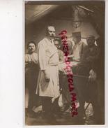 CARTE PHOTO MEDECIN -MEDECINE MILITAIRE - CHIRURGIEN CHIRURGIE- RARE - Cartes Postales