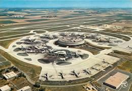 VUE GENERALE DE L'AEROPORT CHARLES DE GAULLE. ROISSY EN FRANCE. - Aerodrome