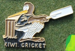 KIWI CROCKET  PLAYER - NOUVELLE ZELANDE - JOUEUR DE CRICKET - MASCOTTE -     (14) - Cricket