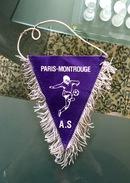 1 Fanion De L'A.S Paris  Montrouge - Apparel, Souvenirs & Other