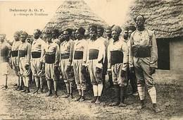 Pays Div- Ref H352- Dahomey -aof - Regiments - Regiment -groupe De Tirailleurs -militaires -militaria - Carte Bon Etat - - Dahomey