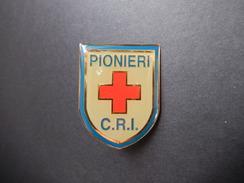 Pin Pionieri C.R.I. -P393 - Pin's