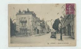 Guéret (23) : La Rue De La Route De Clermont Prise Au Niveau De La Pharmacie, MP De Voiture Env 1922 (animé) PF. - Guéret