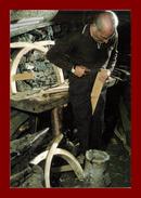 Thème Métiers, Tirage à 60 Ex, édition Josan, Fabrication De Bâts Pour Animaux Corse - Beroepen
