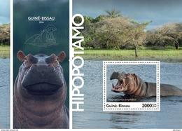 GUINEA BISSAU 2016 - Hippopotamus S/S. Official Issue