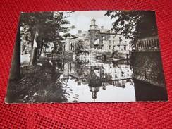 AISCHE-EN-REFAIL  -  Camp Governor  - Vue Du Château Et Des Douves - Eghezée