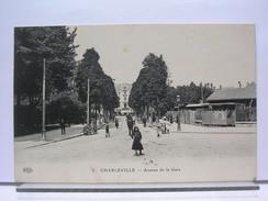 08 - CHARLEVILLLE - AVENUE DE LA GARE - ANIMEE - 1919 - Charleville