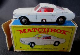LESNEY - MATCHBOX *** NR 8 - FORD MUSTANG ( Rare ) -  ORIGINAL BOX - VOITURE CONDITION C - EN BOITE ORIGINALE *** 1960 - Jouets Anciens