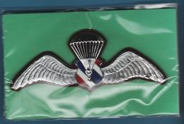 Royal Thai Police Insignia Wings Parachutiste ORIGINAL - Police