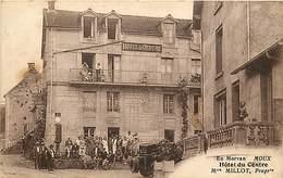 -ref-P966- Nievre - Moux - Hotel Du Centre - Mme Millot Proprietaire - Hotels - Pompe A Essence - Pompes A Esence - - France