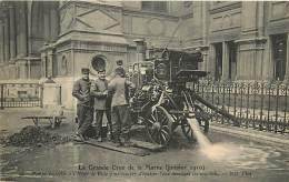 PARIS GRANDE CRUE 1910 POMPE INSTALLEE A L'HOTEL DE VILLE POUR EPUISER L'EAU DES SOUS SOLS - Alluvioni Del 1910