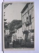 10 - NOGENT SUR SEINE - LE VIEUX NOGENT - RUE DE LA GROSSE ARMEE - ANIMEE - DOS SIMPLE - TRES BEL ETAT - Nogent-sur-Seine