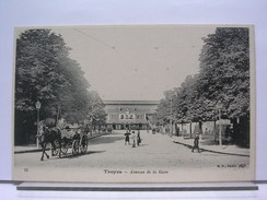 10 - TROYES - AVENUE DE LA GARE - ANIMEE - DOS SIMPLE - TRES BEL ETAT - Troyes