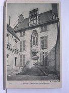10 - TROYES - MAISON RUE DE LA MONNAIE - DOS SIMPLE - TRES BEL ETAT - Troyes
