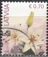 Latvija 2015 Fleur 0.70 Euro O Cachet Rond - Lettonie