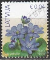 Latvija 2015 Fleur 0.04 Euro O Cachet Rond - Lettonie