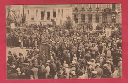 Philippeville - Le Congrès Marial Du 7 Juillet 1935 - La Foule Sur La Grnd'Place ( Voir Verso ) - Philippeville