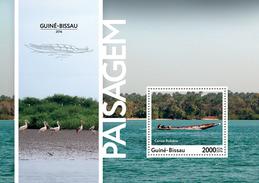 GUINEA BISSAU 2016 - Landscapes, Storks S/S. Official Issue