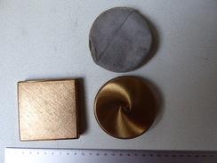 2 Poudriers Dorés - Accessoires
