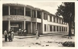 FRANCE-  GUADELOUPE -  LE MOULE -  ECOLE DE GARCONS - Guadeloupe