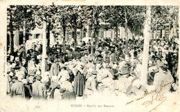 N°42105 -cpa Redon -marché Aux Marrons- - Markets