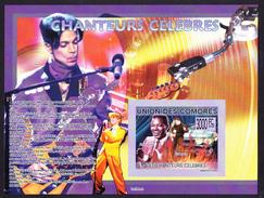 CHANTEURS CELEBRES - David Bowie, Prince, Nat King Cole . Comores, 2009 // Imperf.