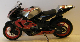 MONDOSORPRESA, (SC72)MODELLINO MOTO DA CORSA ANONIMO - Moto