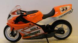 MONDOSORPRESA, (SC72) MODELLINO MOTO DA CORSA ANONIMO - Moto