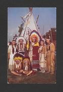 INDIENS AMÉRIQUE DU NORD - CAUGHNAWAGA INDIAN RESERVE - CHIEF POKING FIRE'S FAMILY - PHOTO JACK WEXLER - Indiens De L'Amerique Du Nord