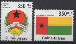 Guiné-Bissau Guinea Guinée Bissau 2011 Mi. 5383-84 Symbols Flag Coat Of Arm Drapeau Fahne