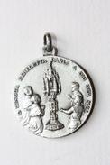 """Beau Pendentif Médaille Religieuse De Communion ? """"Saint Antoine"""" Religious Medal - Religion & Esotérisme"""