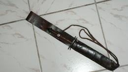 ANCIENNE REPRODUCTION DAGUE V-42 - Knives/Swords