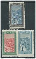 Madagascar N° 141 / 43 XX Transport En Filanzane : Partie De Série : Les 3 Valeurs Sans Charnière, TB