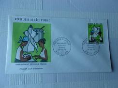 COTE D'IVOIRE (1973) Enseignement Technique Féminin