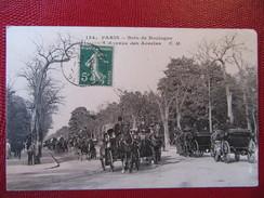 PARIS Bois De Boulogne, L'avenue Des Acacias - Taxi & Carrozzelle