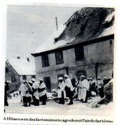 1946  --  ALSACE  --  A ILLHAEUSERN  DES FANTASSINS EN CAGOULES     3L.711 - Collections