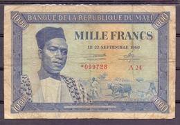 Mali 1000 Fr 1960   VG  Used  ...bouffé - Billets