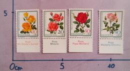 SUISSE 1972 PRO JUVETUTE ROSES NEUF SWITZERLAND MNH