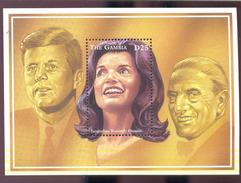 MINT NEVER HINGED S/ SHEET OF JACQUELINE KENNEDY ONASSIS ; HORS ( GAMBIA   1807 - Gambie (1965-...)