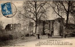 CORON RUINES DU CHATEAU DE LA ROCHE DES AUBIERS - France