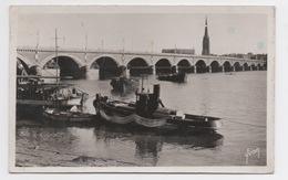 33 GIRONDE - BORDEAUX Le Pont De Pierre - Bordeaux