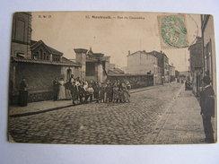 Carte Postale Ancienne 93 Montreuil Rue Du Gazometre Tres Animée - Montreuil