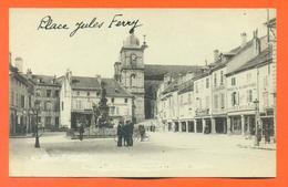 """CPA Saint Dié """" Place Jules Ferry """" Edition Delboy - LJCP 33 - Saint Die"""