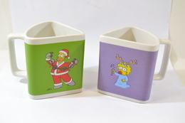 Lot De Deux Mug The Simpson Homer Et Maggie, Série Quick De 2011. Tasse Mug Triangle - Tasses